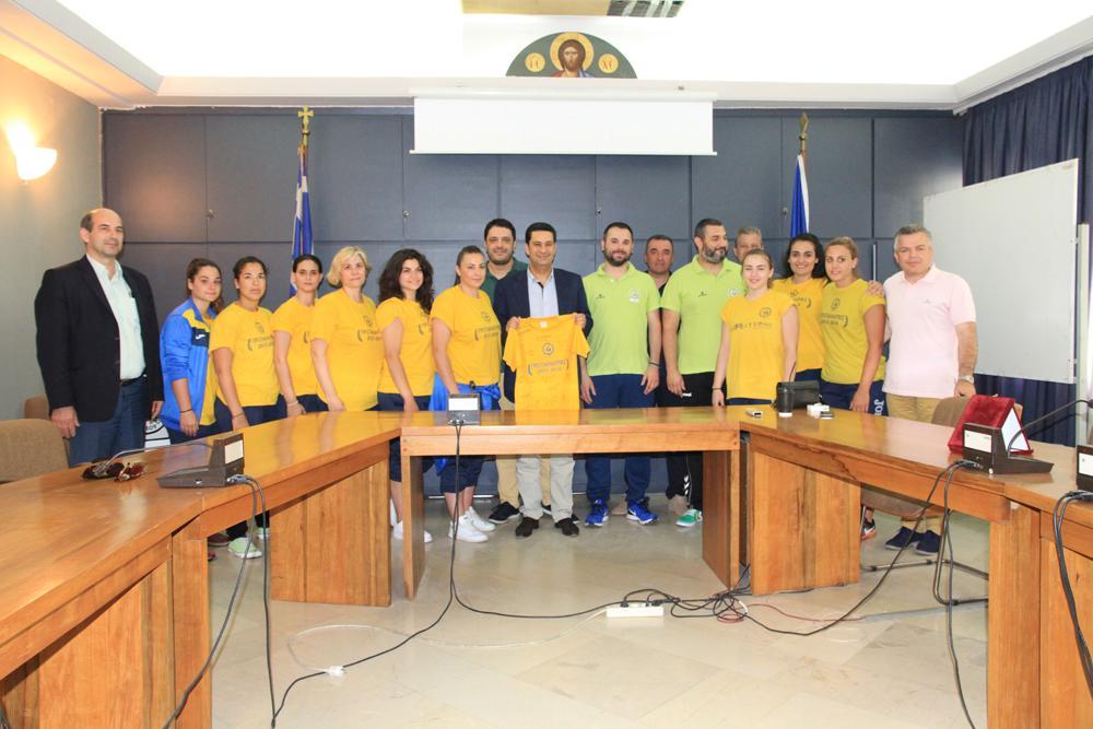 Ο Δήμαρχος  βράβευσε την ομάδα Χάντμπολ του Παναιτωλικού
