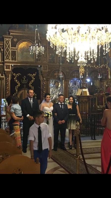 Παντρεύτηκε ο Ντέμης !!!