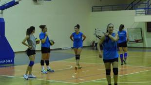 Οι κοπέλες σε δράση (PICS+VIDEO)